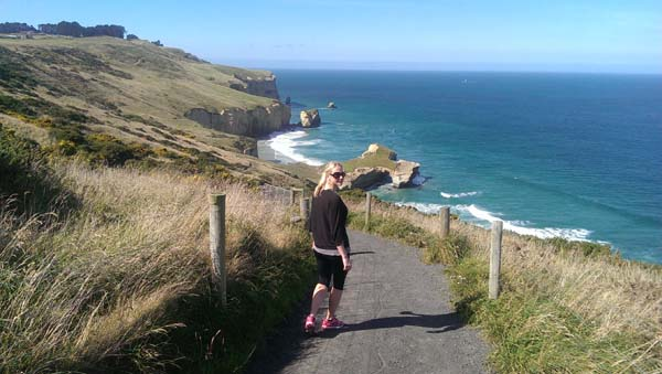1-Tunnel-Beach-Dunedin-New-Zealand