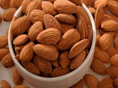 azeite-com-amendoas-raladas