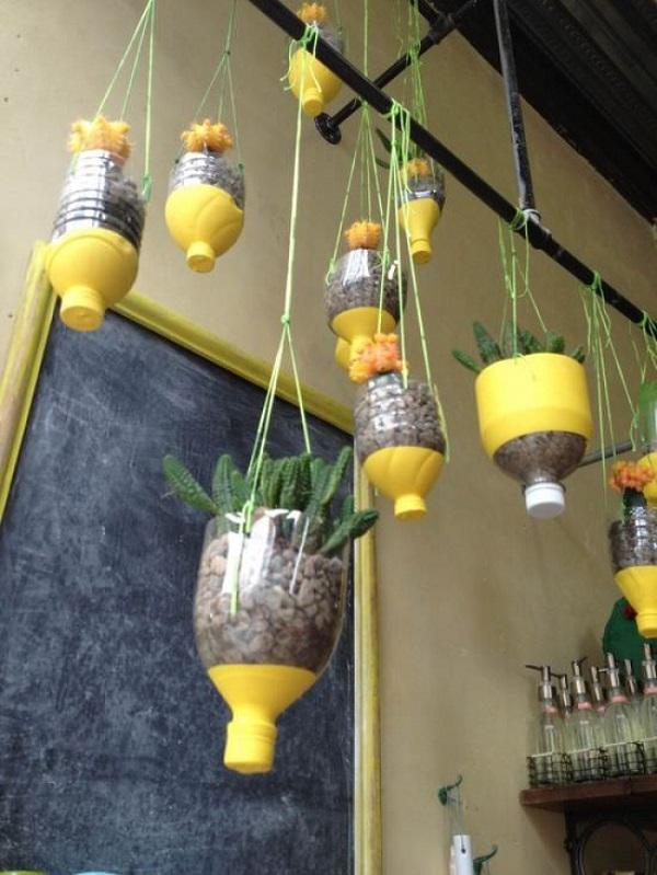 vasos feitos a partir de embalagem plástica8